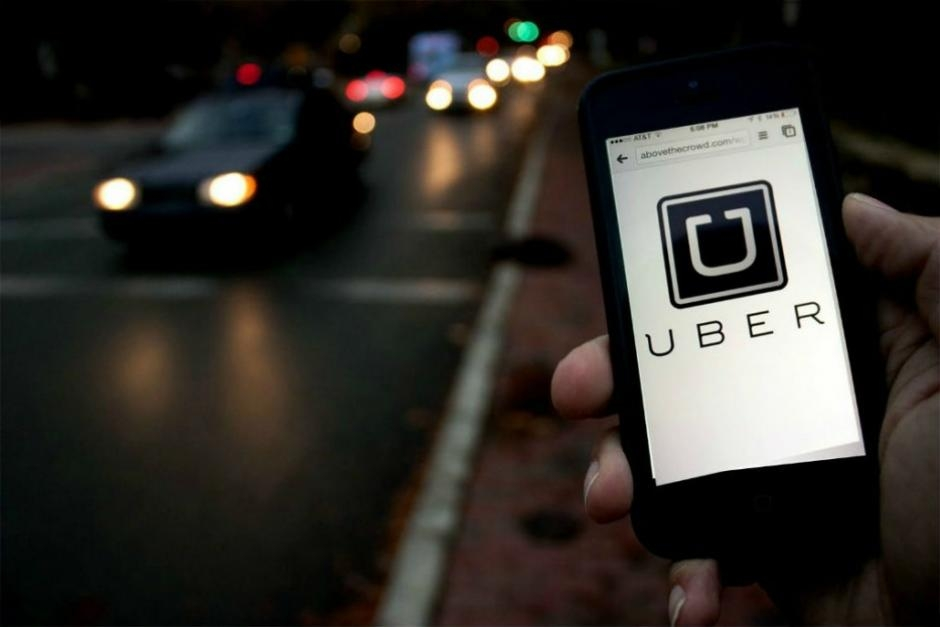 Uber es la empresa lider en taxis particulares.